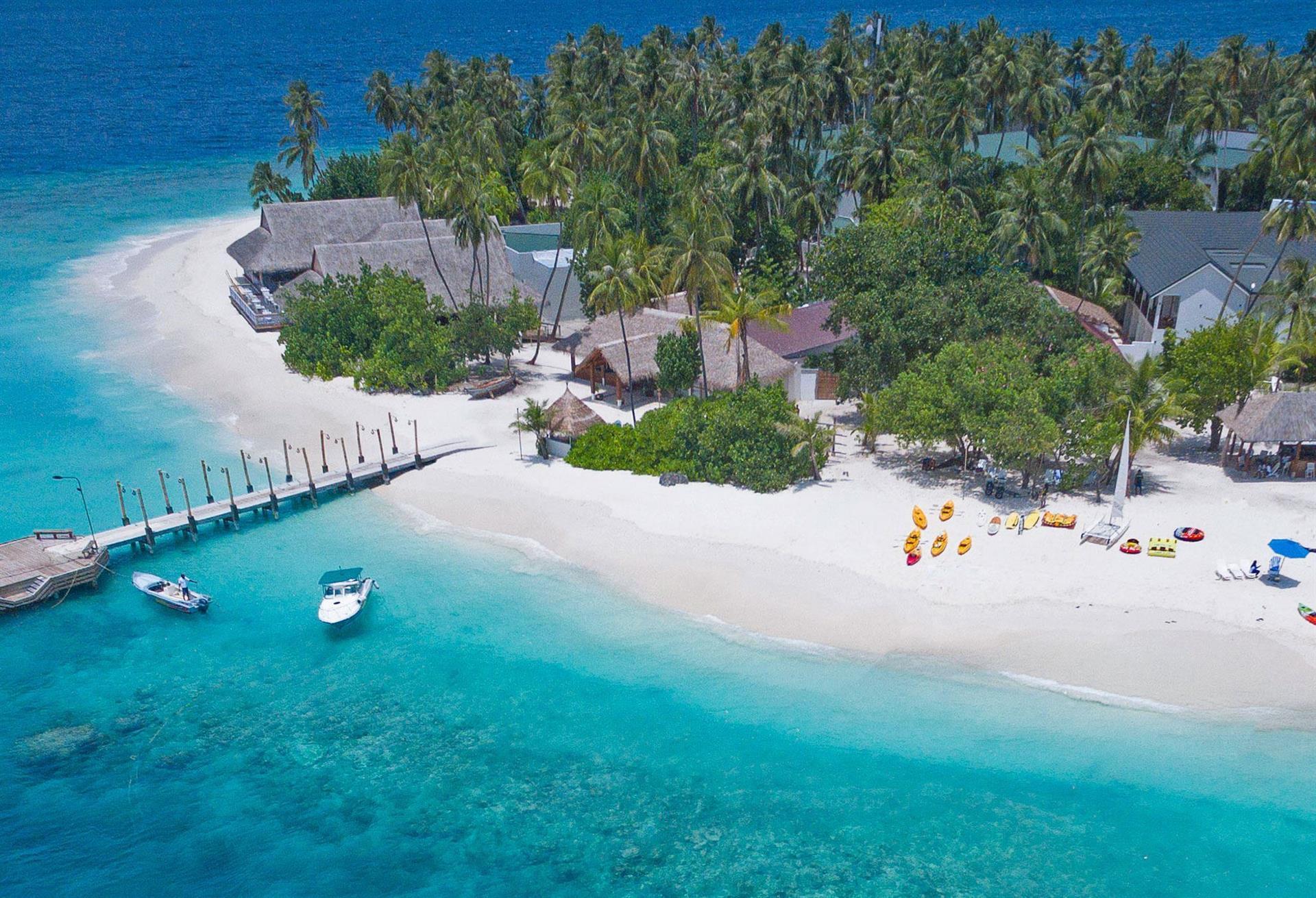 Майские праздники на Мальдивах! Malahini Kuda Bandos 4*