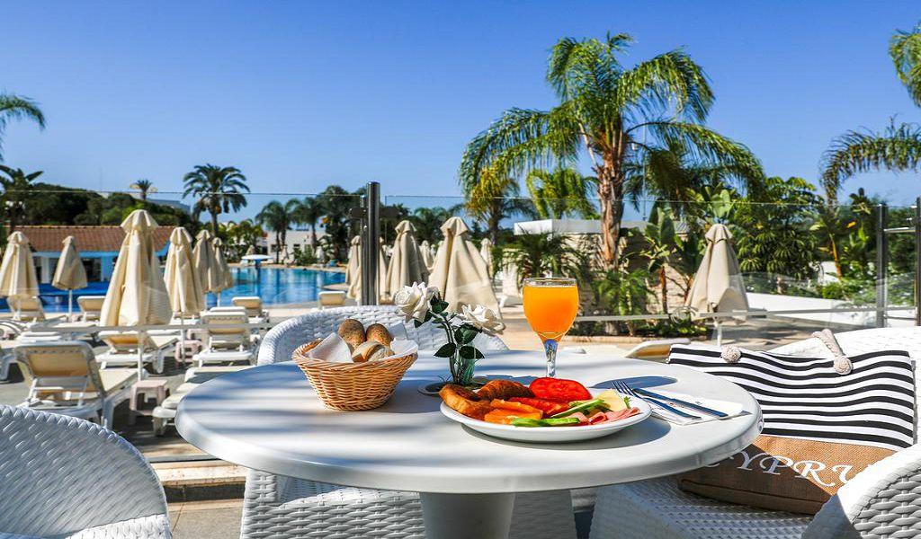 Летим с детьми на Кипр в обновленный FUN&SUN FAMILY Club Christofinia 4*